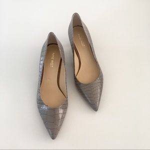 Nine West NWOT snake print kitten heels